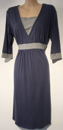 AVENUE BLUE GREY 3/4 SLEEVE NURSING DRESS SIZE 10